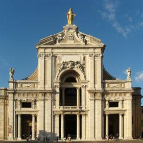 11Santa_Maria_degli_Angeli_in_Assisi